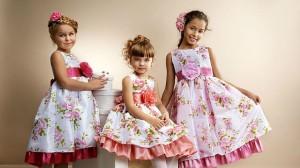 Каким может быть нарядное платье для девочки?