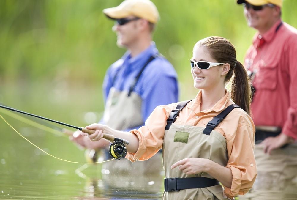 Мужчина и женщина Рыбная ловля